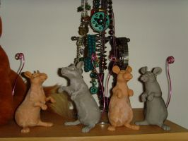 WIP rat memo - photo holders by philosophyfox