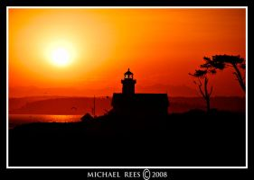 Point Wilson light house at su by Luv2suspendyou