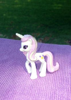 Fleur de Lis custom pony by DjPon33
