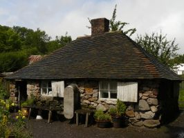Blists Hill Cottage by GRANNYSATTICSTOCK