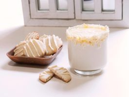 Crisp Lemon Cookies and White Hot Chocolate by Pumpkin-Candy