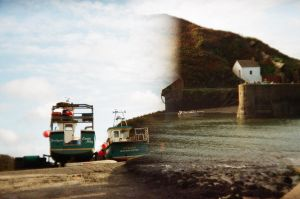 Porthgain Harbour by TheNewBlueBlood