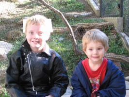 david and chris, his step brother, at the zoo by MarMicheal