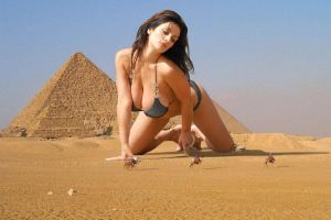 Giant Denise Milani and the pyramids by bcgfdfshggd