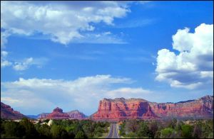 The road to Sedona by d-i-e-g-o