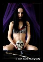 Sou DeSade: kiss the skull_1 by DevillePhotography