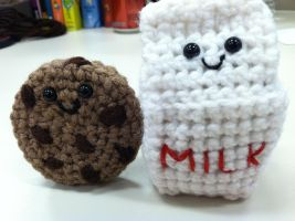 Amigurumi Milk and Cookie by NerdStitch