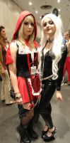 NYCC'12 RedRidingHood and Black Cat I by zer0guard