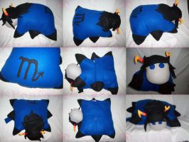 HS: Vriska Grub Pillowpet by KPenDragon
