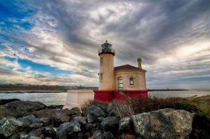 Coquille River Lighthouse by o0oLUXo0o