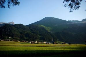 Elbigenalp in first morning light by steppeland