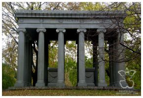 The Palmer Monument by eosthilas