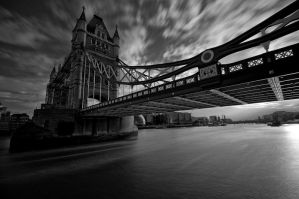 15 sec of Tower Bridge by paweldomaradzki