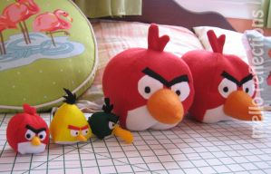 Angry Birds plushies by MelloReflections