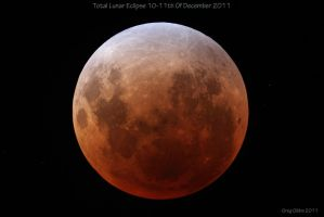 Lunar Eclipse 10-11th Of December 2011 by CapturingTheNight