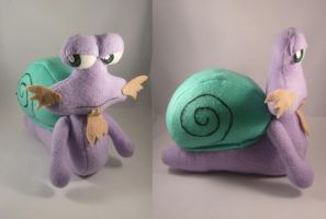 Kirby Escargon plush by pandari