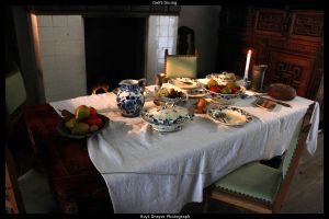 Delft Table by HerrDrayer