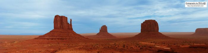 The Monument Valley by luiji