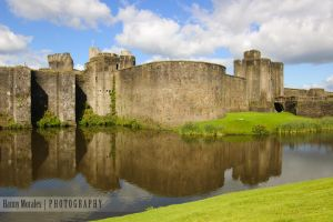 Caerphilly Castle by lori80
