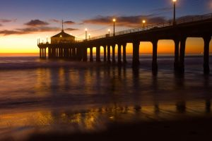 Manhattan Beach Pier by doninator