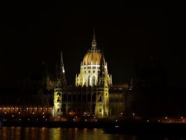 parlament by mandragolaa