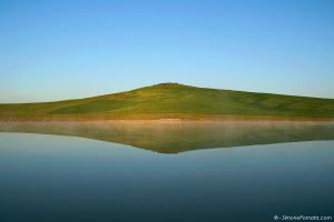 Val d'Orcia Lake by SimonePomata