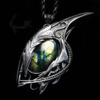 YLZECTORH DRAHARIS ( dragon's eye ) by LUNARIEEN