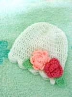 Crochet Baby Hat with Roses by AChiBuu
