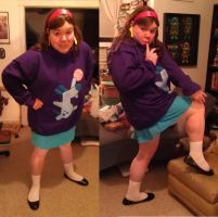 Gravity Falls Mabel Pines Halloween 2012 Costume 1 by kevinbolk