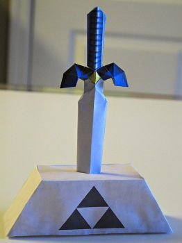 Master Sword Papercraft by im-tall