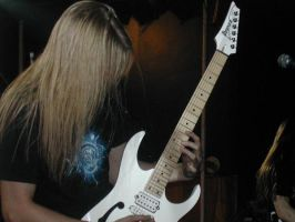 Jari Maenpaa Shreds by MentalMetalHead