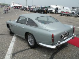 Aston Martin DB4 by remmy77
