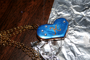 Blue Heart Necklace by Shacchan