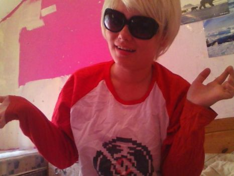I am a gr8 Dave Strider cosplayer by RamenEatingPanda1997