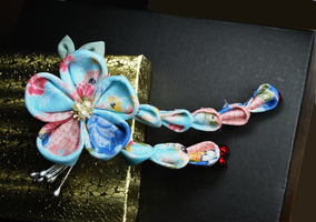 Pale Blue and Pink Kanzashi by hanatsukuri