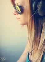 Ray Ban and Music by HierKommtDieSonne