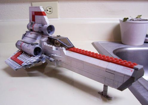 colonial viper Lego 4 by DarthTerry