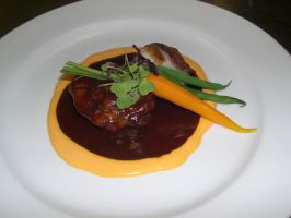 Filet Mignon with Red Wine by HickledyPickledy