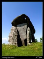 Trethevy Quoit 01 by richardldixon