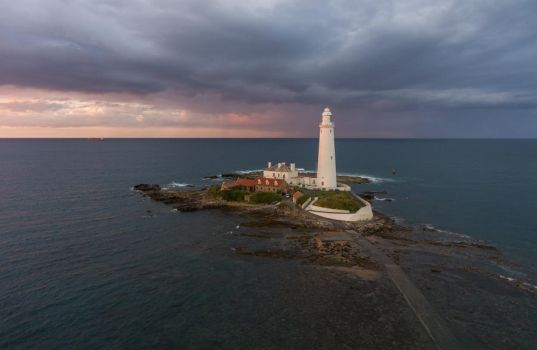 St Marys Lighthouse by scotto