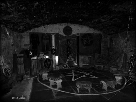 Secret Underground witches Coven by Estruda