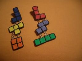 Tetris earrings by estranged-illusions