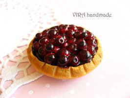 Cute realistic cherry pie magnet by virahandmade