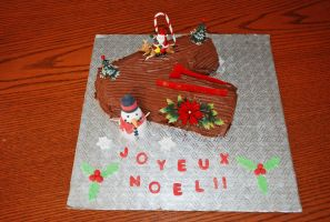Buche de Noel by darklizard14
