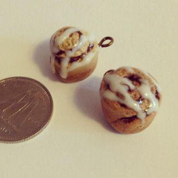 Cinnamon Roll Charms by kaylamckay