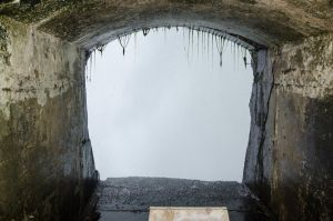 Tunnel behind the Niagara falls 03 by FairieGoodMother
