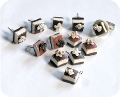 tiramisu jewelry by BadgersBakery