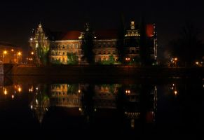 Castle of Glass by Nusio21
