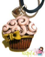 Vintage Cupcake Necklace by colourful-blossom