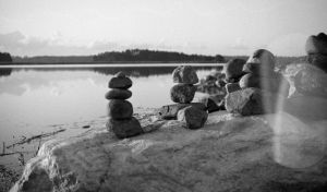 rocks that can't fly by toistaitoinen